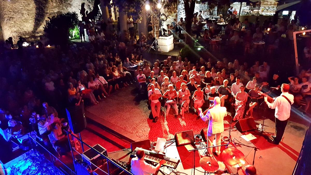 Koncert Marka Škugora Oduševio Brojne Posjetitelje
