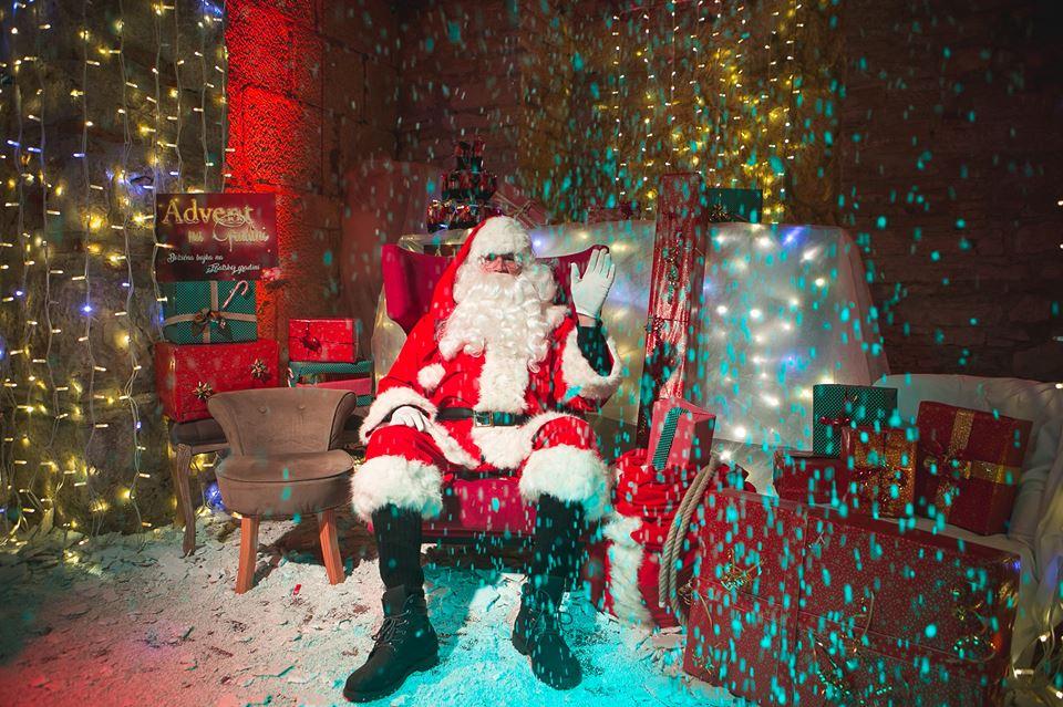 Djed Mraz Ponovno Razveselio Mališane, A Klapa Luka Nastupom Raznježila Publiku