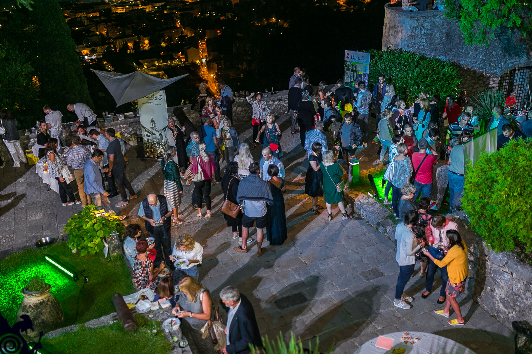 Goran Karan I Gastronomske Delicije Privukli Brojne Posjetitelje Na Trsatsku Gradinu