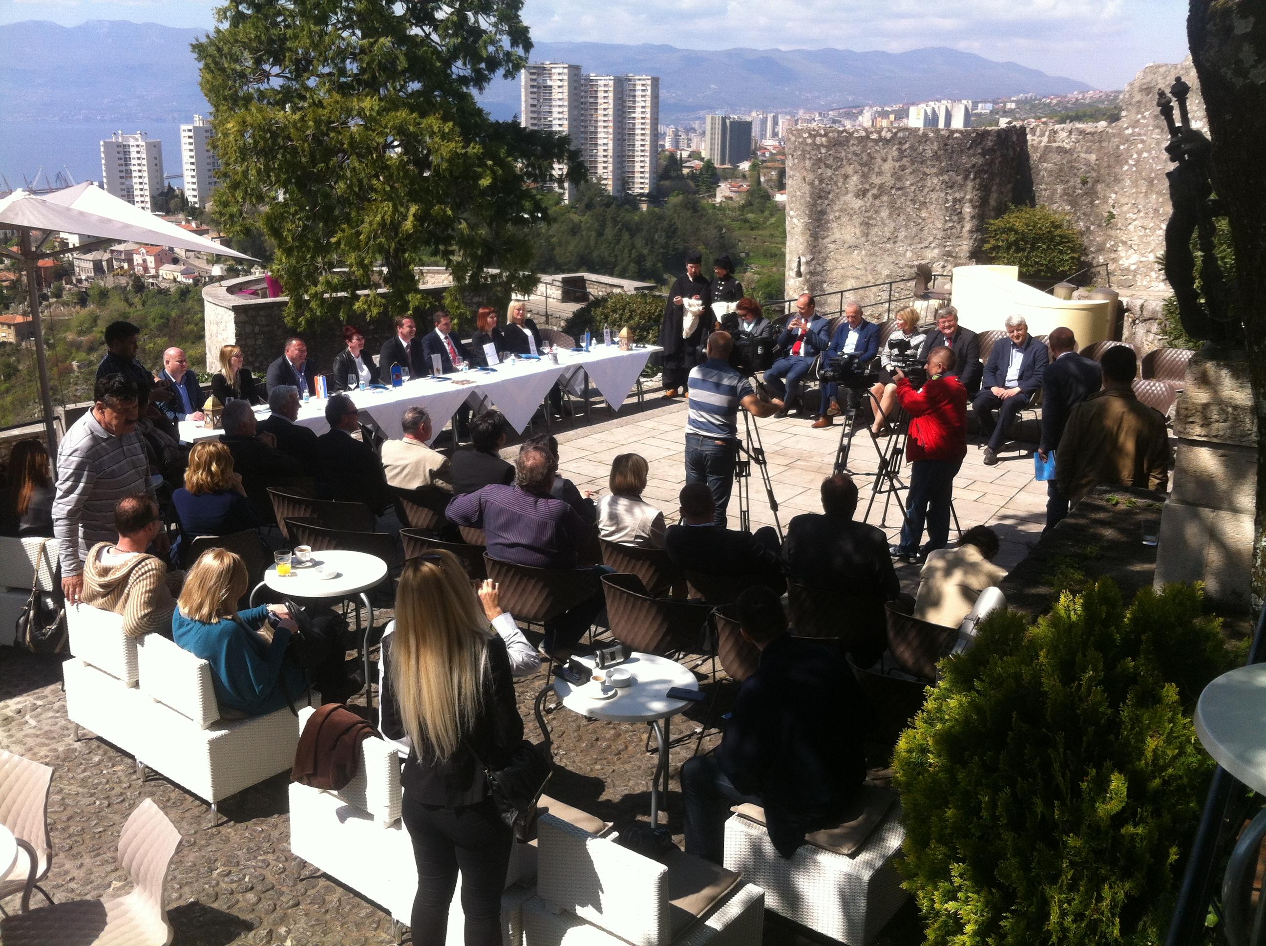 Potpisivanje Sporazuma O Suradnji Turističkih Zajednica