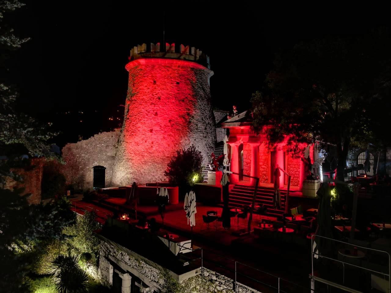 Na Svjetski Dan Srca Trsatska Gradina Svijetli U Crvenoj Boji