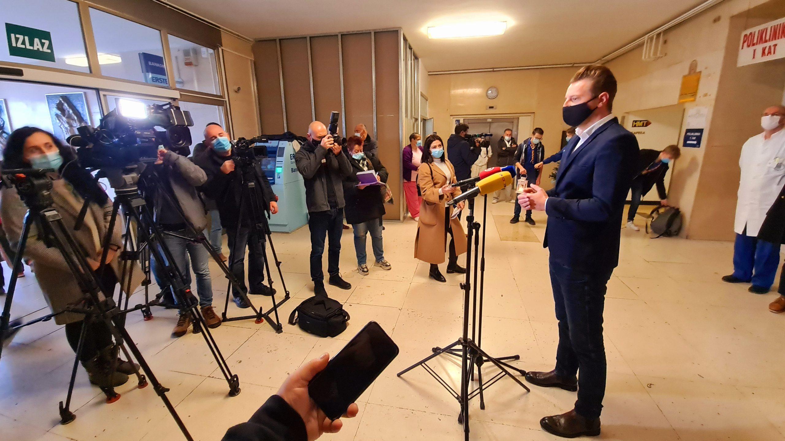 Božićne Jaslice S Trsatske Gradine Krasit će Dva Lokaliteta KBC-a Rijeka